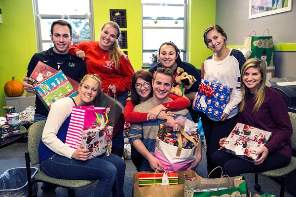 York College volunteer services include the Giving Tree program